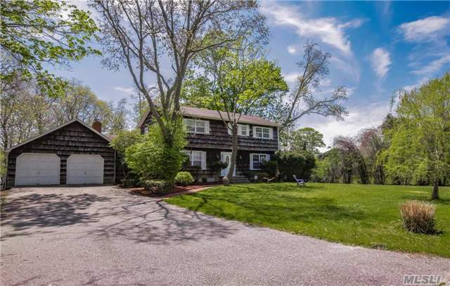 164 Woodacres Rd, E Patchogue, NY 11772