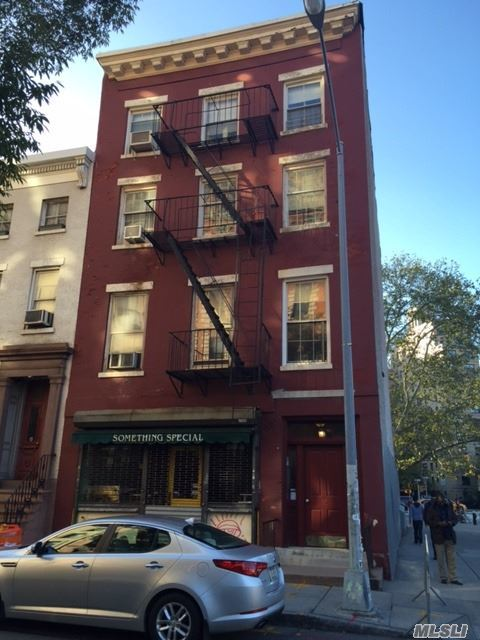51 Macdougal St, Out Of Area Town, NY 10012