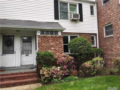 79 Glen Keith Rd #79, Glen Cove, NY 11542