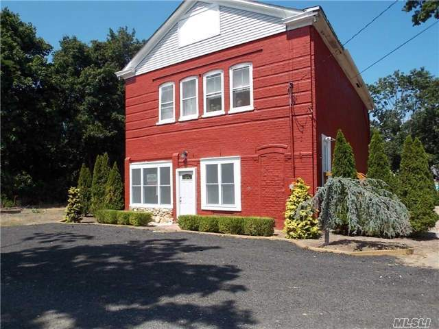 80-A Front St, Wading River, NY 11792