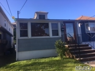 124-17 6 Ave, College Point, NY 11356
