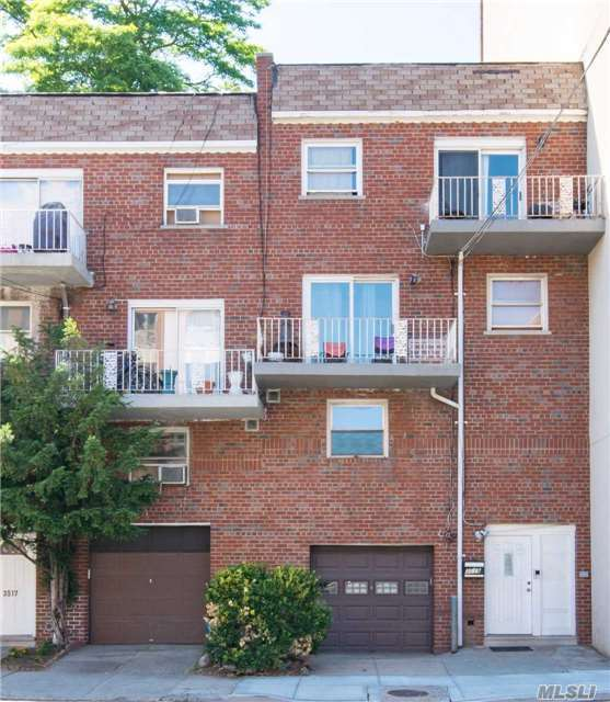 3519 Riverdale Ave, Out Of Area Town, NY 10463
