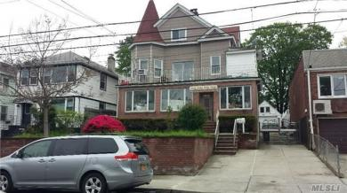 121-22 6th Ave, College Point, NY 11356