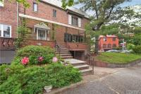 66-12 Clyde St, Rego Park, NY 11374