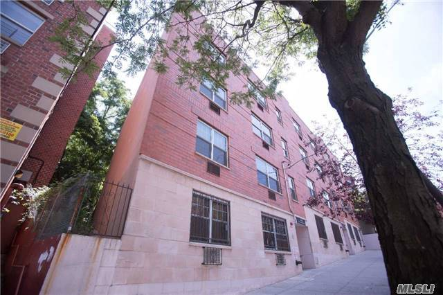 191B W Kingsbridge Ave #3, Out Of Area Town, NY 10463