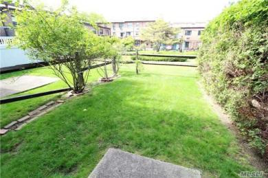 121-25 5th Ave, College Point, NY 11356