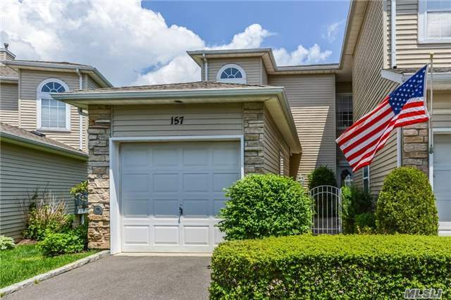 157 Windwatch Dr, Hauppauge, NY 11788