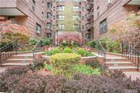 69-40 Yellowstone Blvd #516, Forest Hills, NY 11375