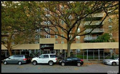 149-30 88th St #1j, Howard Beach, NY 11414