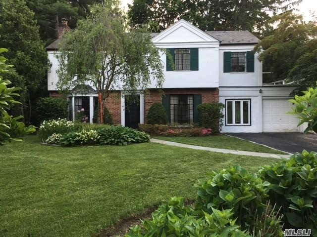 43 East Gate, Manhasset, NY 11030