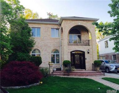 108-35 66th Rd, Forest Hills, NY 11375