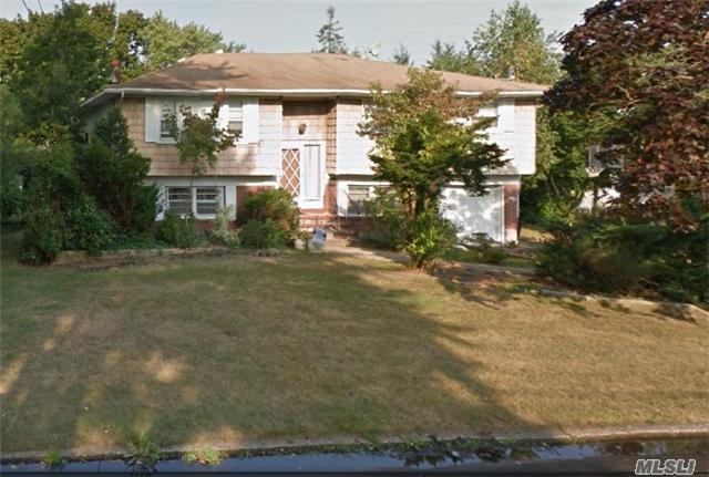 272 Irving Ave, Deer Park, NY 11729