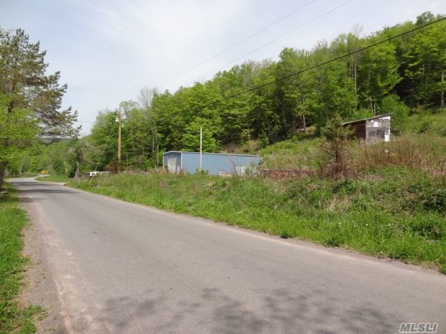 5534 Barkaboom Rd, Out Of Area Town, NY 13731