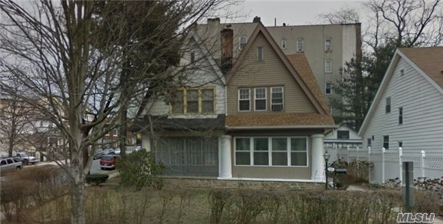 384 Hawthorne Ave, Out Of Area Town, NY 10705