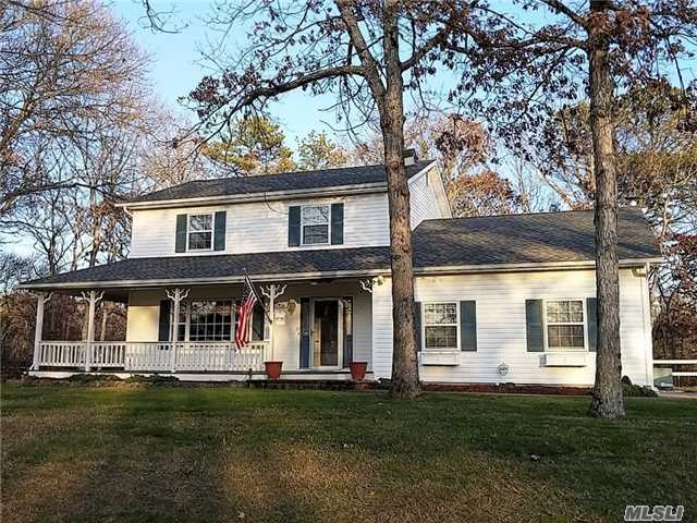 11 Sterling Path, Yaphank, NY 11980