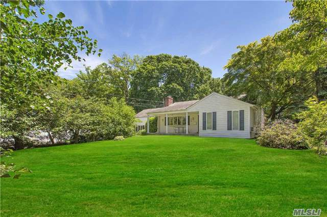 340 Scudder Ave, Northport, NY 11768