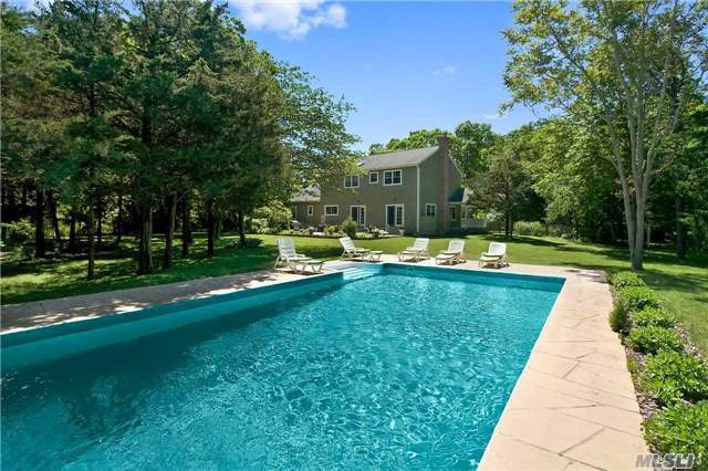 101 Springsfireplace Rd, East Hampton, NY 11937