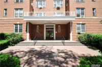 68-37 108th St #5e, Forest Hills, NY 11375