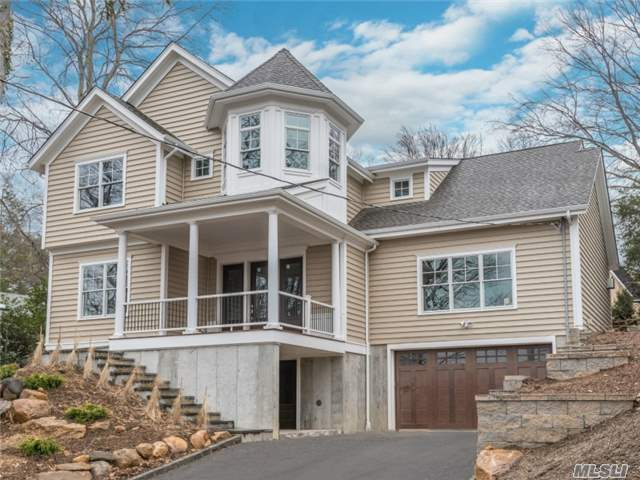 800 Connecticut View Dr, Mill Neck, NY 11765