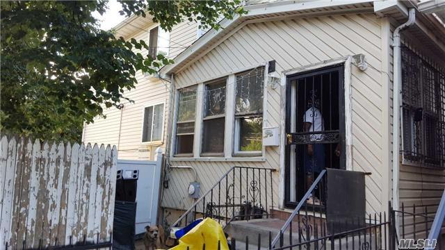 172-05 109th Ave, Jamaica, NY 11433
