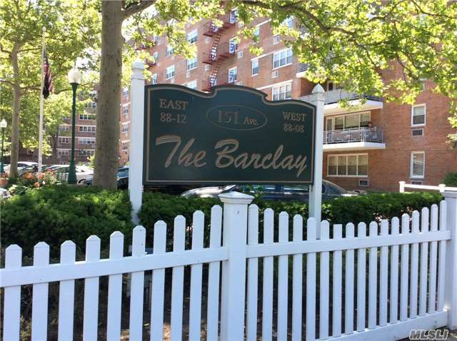 8808 151 Ave #3j, Howard Beach, NY 11414
