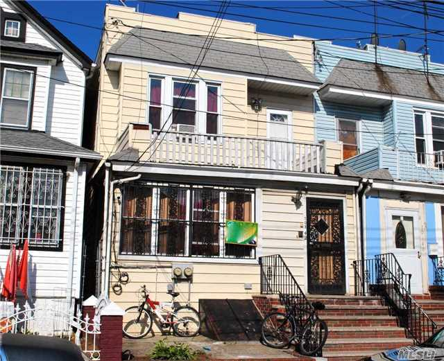 101-42 E 114 St St, Richmond Hill, NY 11419
