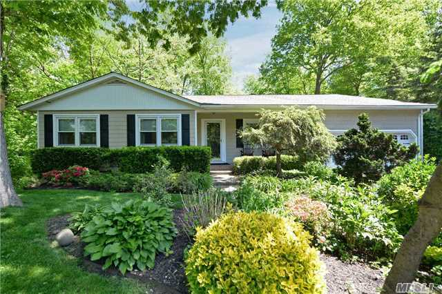 98 Vineyard, Huntington, NY 11743