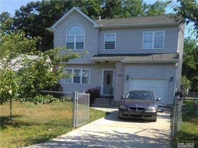 103 Commonwealth Dr, Wyandanch, NY 11798