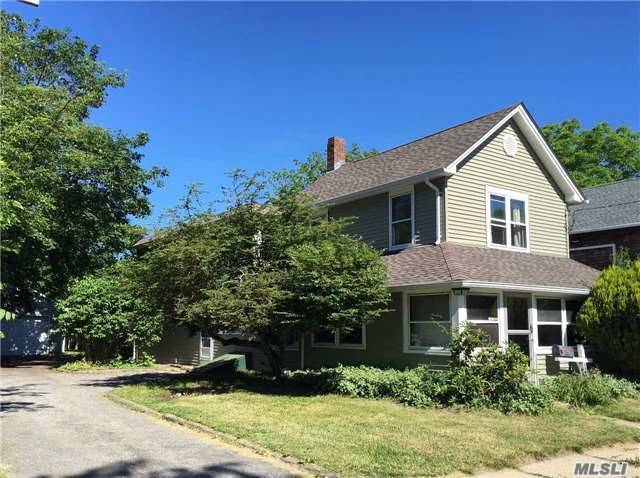 421 Kaplan Ave, Greenport, NY 11944