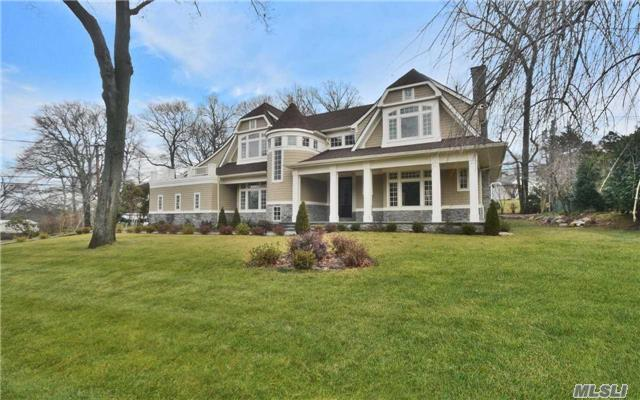 10 Partridge Dr, East Hills, NY 11576