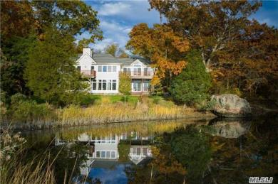 22 Flax Pond Woods Rd, Old Field, NY 11733