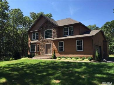 N/C Sarah Anne Ct, Miller Place, NY 11764