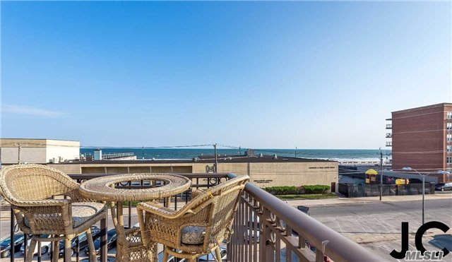 529 W Broadway #Ph-3b, Long Beach, NY 11561