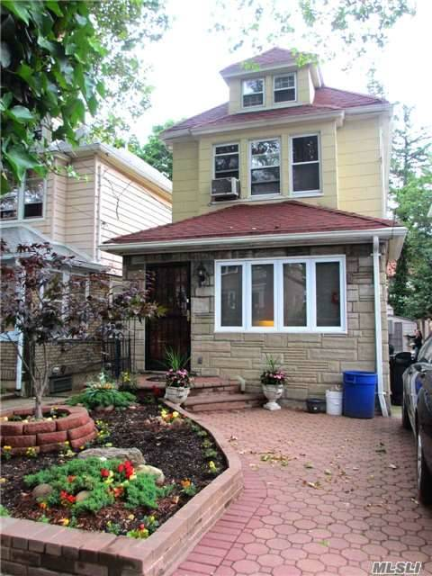 70-41 Loubet St, Forest Hills, NY 11375