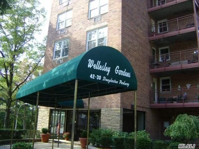 42-30 Douglaston Pkwy #3p, Douglaston, NY 11363