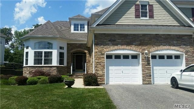 2 Hundt Pl #Pvt, Out Of Area Town, NJ 07052