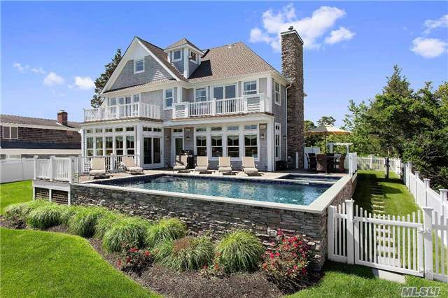 5 Harbor Ln, E Quogue, NY 11942