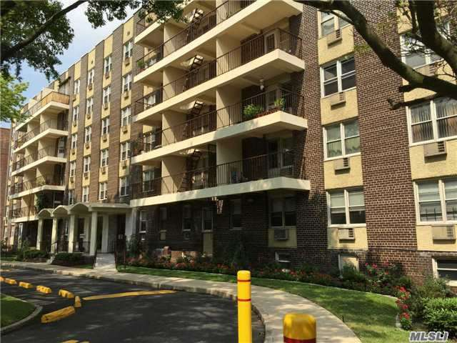 140-55 34th Ave #1p, Flushing, NY 11354
