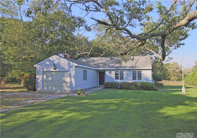 23 West End Ave, E Quogue, NY 11942