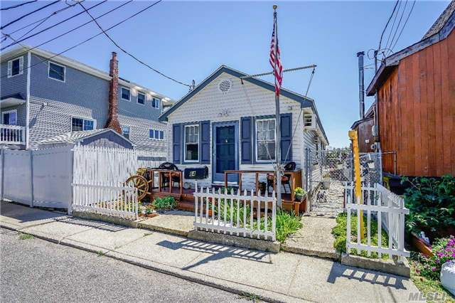 64 W 16th Rd, Broad Channel, NY 11693
