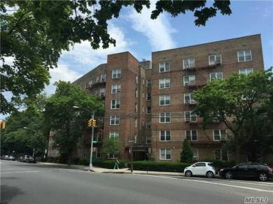 74-45 Yellowstone Blvd #1a, Forest Hills, NY 11375