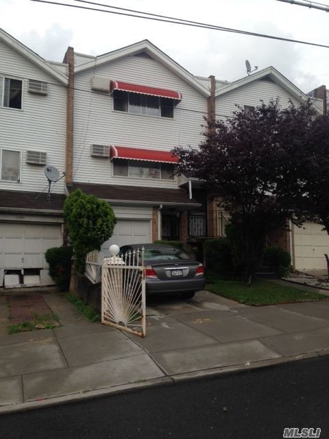 3682 Palmer Ave, Out Of Area Town, NY 10466