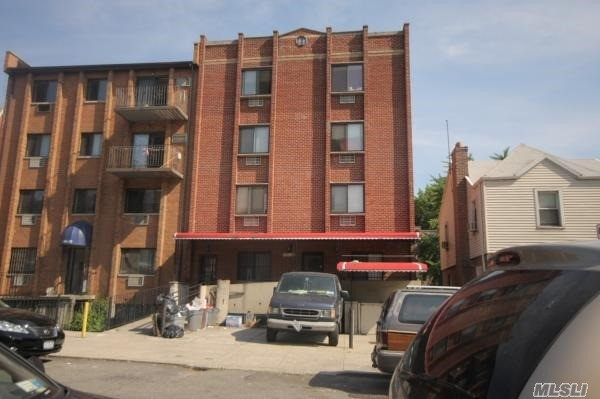 134-06 Bloosom Ave, Flushing, NY 11354