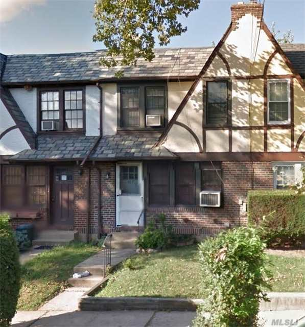 One Family House In Forest Hills For Sale