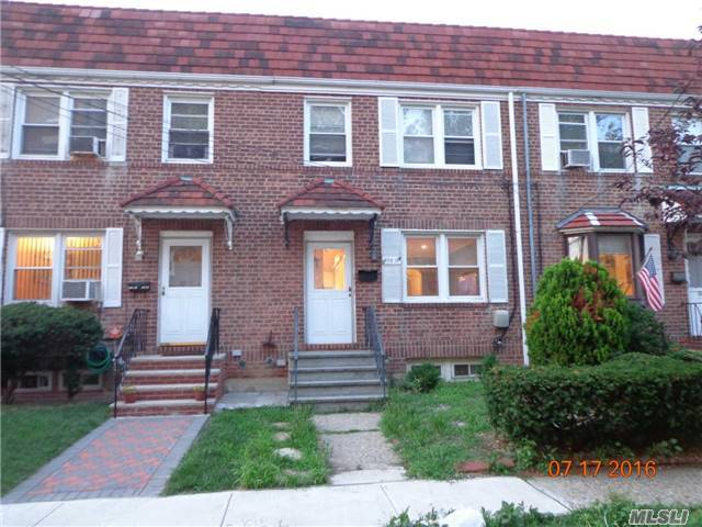 222-13 91st Rd, Queens Village, NY 11428