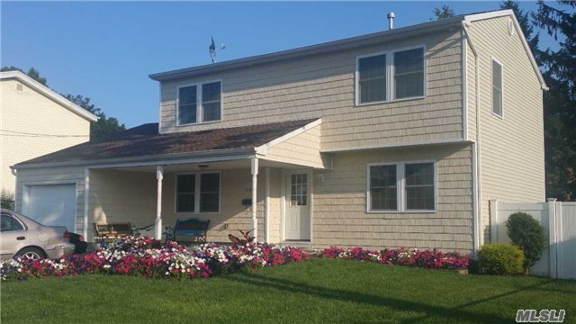230 2nd Ave, Brentwood, NY 11717