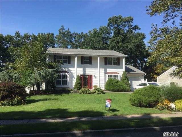 6 Browning St, St James, NY 11780
