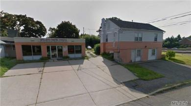 166 Garfield Ave, Islip Terrace, NY 11752