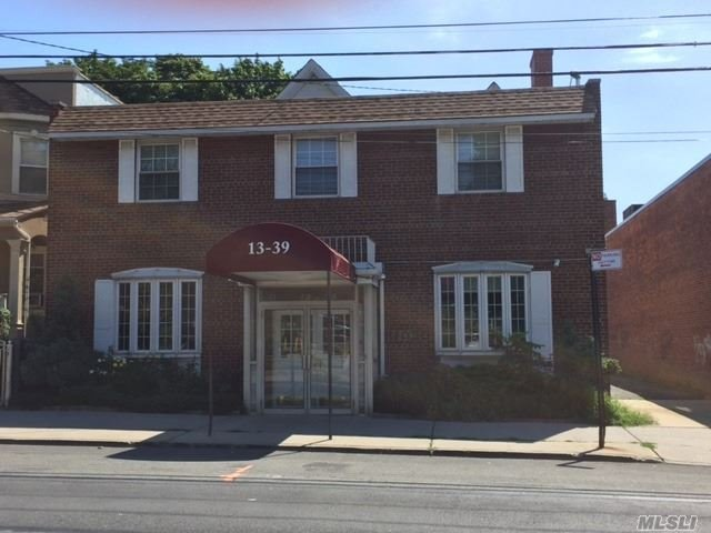 13-39 College Point Blvd, College Point, NY 11356