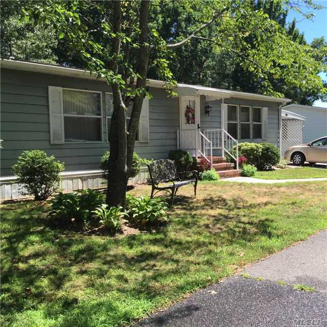 1661-465 Old Country Rd, Riverhead, NY 11901